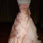 サーモンピンクのAラインドレス<新着カラードレス>